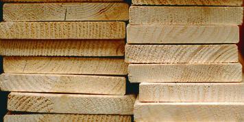 Holz reagiert auf Veränderungen der Feuchtigkeit mit Volumenänderung